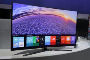 Телевизор Samsung 2015 года