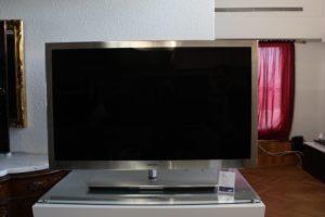 Телевизор Samsung 2010-2013