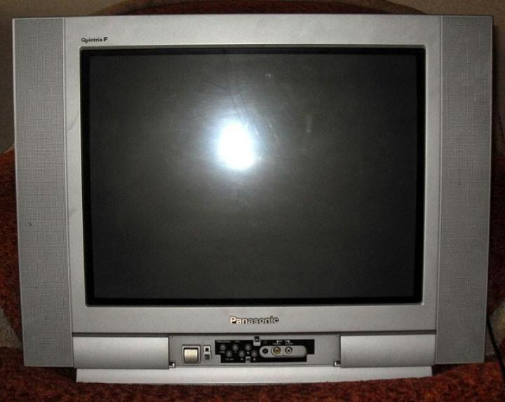 Старый телевизор Панасоник